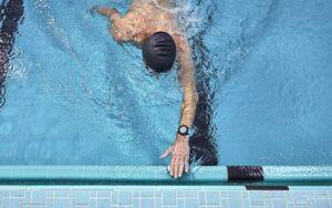 piscina orologio garmin